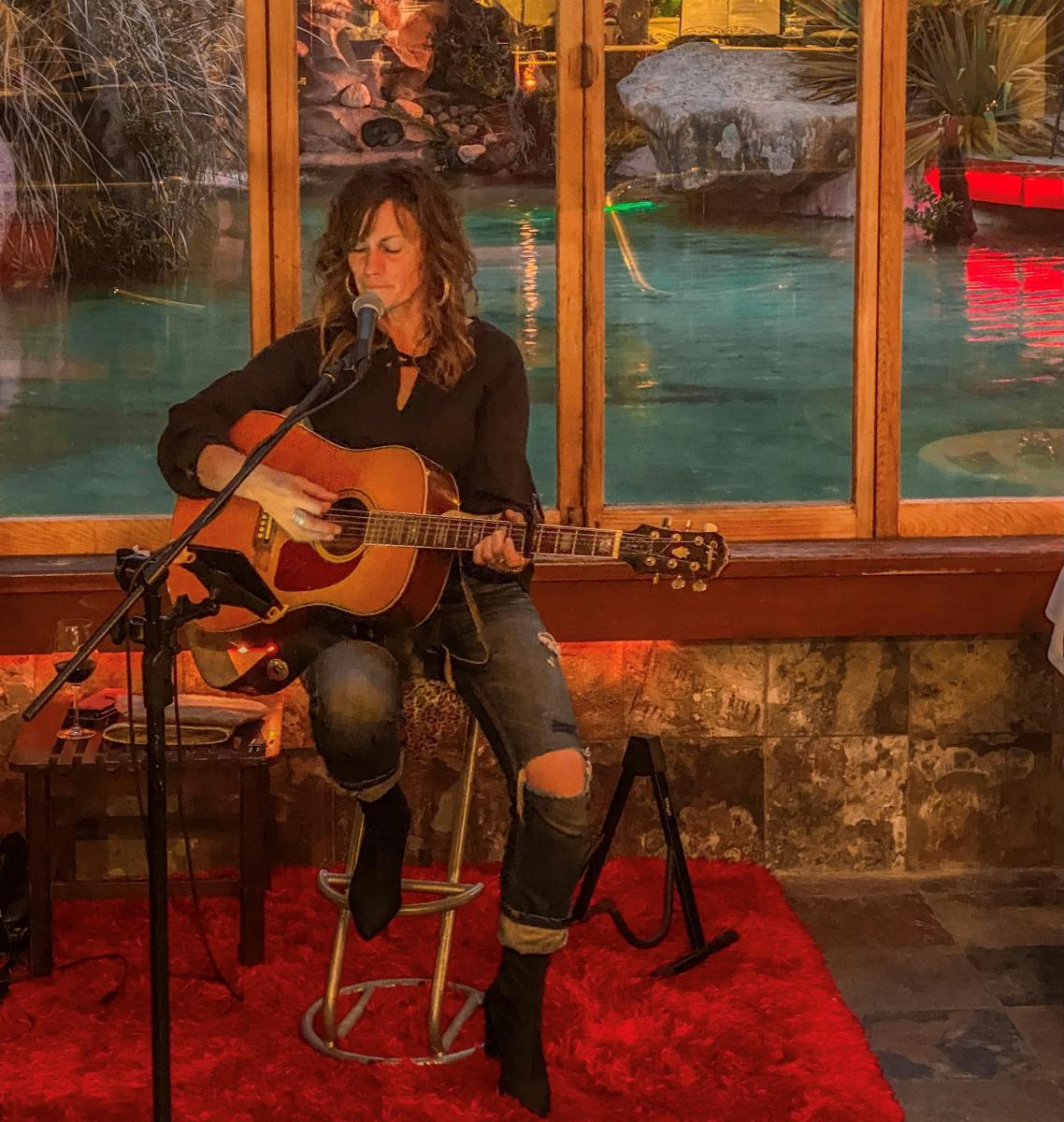Live music - Every Friday at The Lost Spring's Happy Hour